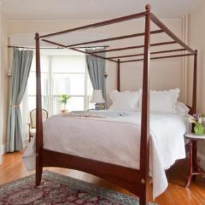 Marshall Slocum Inn - Bed And Breakfast