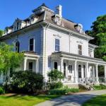 Accommodation near Gillette Stadium - Proctor Mansion Inn Bed And Breakfast - Adult Only