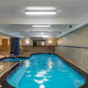Hotels near Hippodrome de Montreal - Quality Hotel  - Midtown
