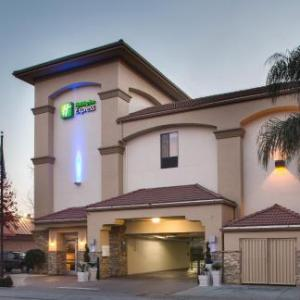 Fox Theatre Redwood City Hotels - Holiday Inn Express Redwood City-Central