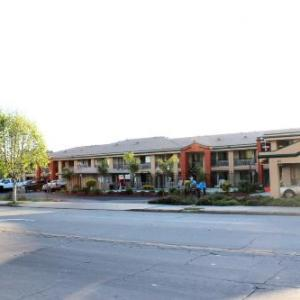 Hotels near Toro Country Park - Super 8 Salinas