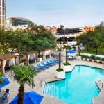 Accommodation near Eleanor Tinsley Park - Crowne Plaza Hotel Houston Downtown