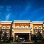 The Handy Park Pavillion Accommodation - Best Western Plus Goodman Inn & Suites