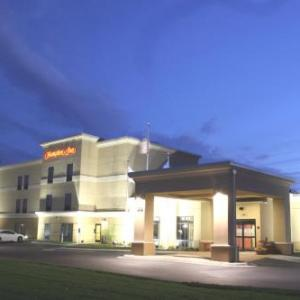 Fairmont Opera House Hotels - Hampton Inn Fairmont