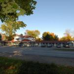 Accommodation near Casino Rama - Kings Inn Orillia