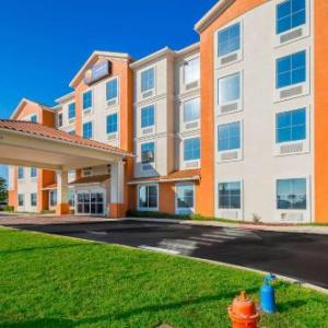 Comfort Inn & Suites Maingate South in Davenport