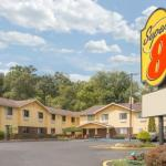 Super 8 by Wyndham Radford VA