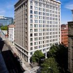 Hotels near Showbox SoDo - Courtyard Seattle Downtown/Pioneer Square