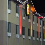 Coleman Coliseum Accommodation - Super 8 Tuscaloosa