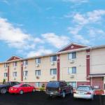 Hotels near Brat Stop - Super 8 Pleasant Prairie