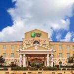 Holiday Inn Express Hotel & Suites Brady