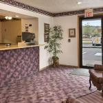 Super 8 Motel - Butler