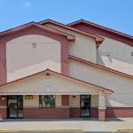 Super 8 Motel - Waynesburg