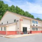 SUNY Delhi Hotels - Super 8 Oneonta/Cooperstown