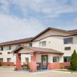 Super 8 Motel - Washington/Peoria Area