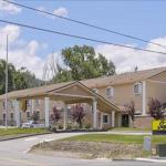 Accommodation near Ashland Armory - Super 8 Ashland