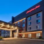 Accommodation near Palace Theater Waterbury - Hampton Inn Waterbury