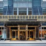 Accommodation near Chicago Theatre - Hard Rock Hotel Chicago