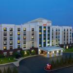 Hotels near Newark Symphony Hall - SpringHill Suites Newark International Airport