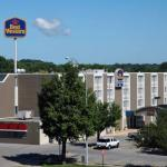 Hotels near Hawkeye Downs - BEST WESTERN Coopers Mill Hotel