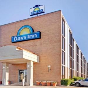 AT&T Stadium Hotels - Days Inn Six Flags Ballpark Cowboys Stadium