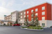 Howard Johnson Express Inn And Suites Image
