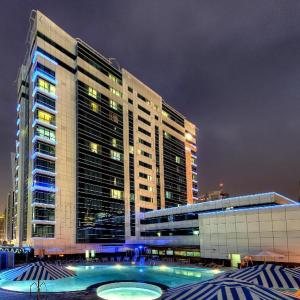 Marina View Deluxe Hotel Apartment in Dubai