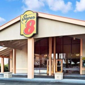 Super 8 by Wyndham Kissimmee/Maingate/Orlando Area in Kissimmee