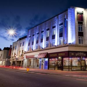Eventim Apollo Hotels - BEST WESTERN PLUS Seraphine Hammersmith Hotel