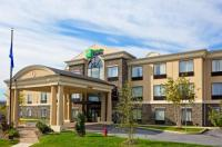 Holiday Inn Express Chester-Monroe-Goshen Image