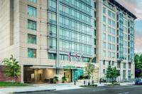 Courtyard By Marriott Washington, D.C./Foggy Bottom Image