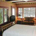 Snug Cottage - Bed And Breakfast - Adults Only