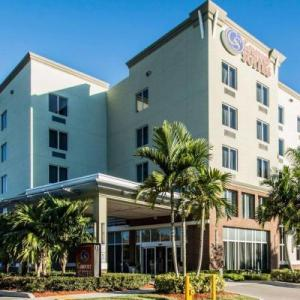 Hotels near Opa Locka Airport - Comfort Suites Miami Airport North