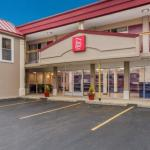 Hotels near Welcome Stadium - Super 8 Motel Moraine