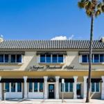 Accommodation near Tiki Bar Costa Mesa - Newport Beach Hotel