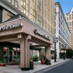 Pabst Theater Accommodation - Hampton Inn & Suites Milwaukee Downtown