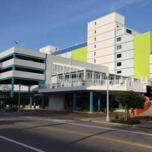 BEST WESTERN PLUS Sandcastle Beachfront Hotel