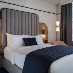 Hotels near Tom Lee Park - Madison Hotel