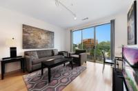 Luxury Apartments At The Blvd Image