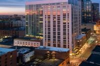 Global Luxury Suites at Boylston