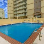 Travelodge by Wyndham Suites Virginia Beach Oceanfront