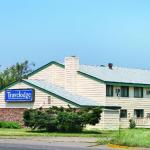 Hotels near Minnesota Renaissance Festival - Shakopee Travelodge