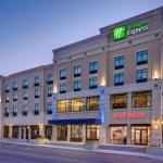 Hotels near Science City - Holiday Inn Express And Suites Kansas City Ku Medical Center