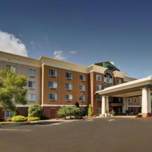 Holiday Inn Express And Suites Middleboro