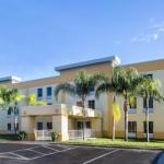 Dr Phillips High School Hotels - La Quinta Inn Orlando - Universal Studios