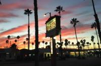 Oceanside Inn and Suites