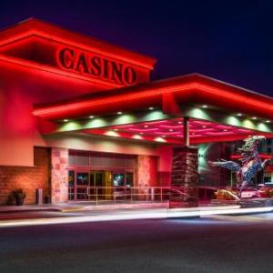Hotels near First Alliance Church Calgary - Deerfoot Inn And Casino