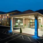 Twin River Casino Accommodation - Holiday Inn Express & Suites Smithfield - Providence