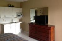 Knights Inn Hallandale Image