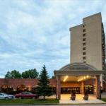 Capri Centre Accommodation - Sheraton Red Deer Hotel